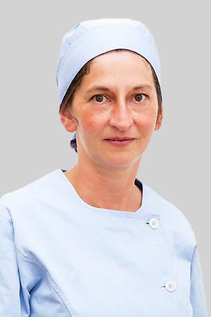 dottsa Valeria Gazzano-300x450